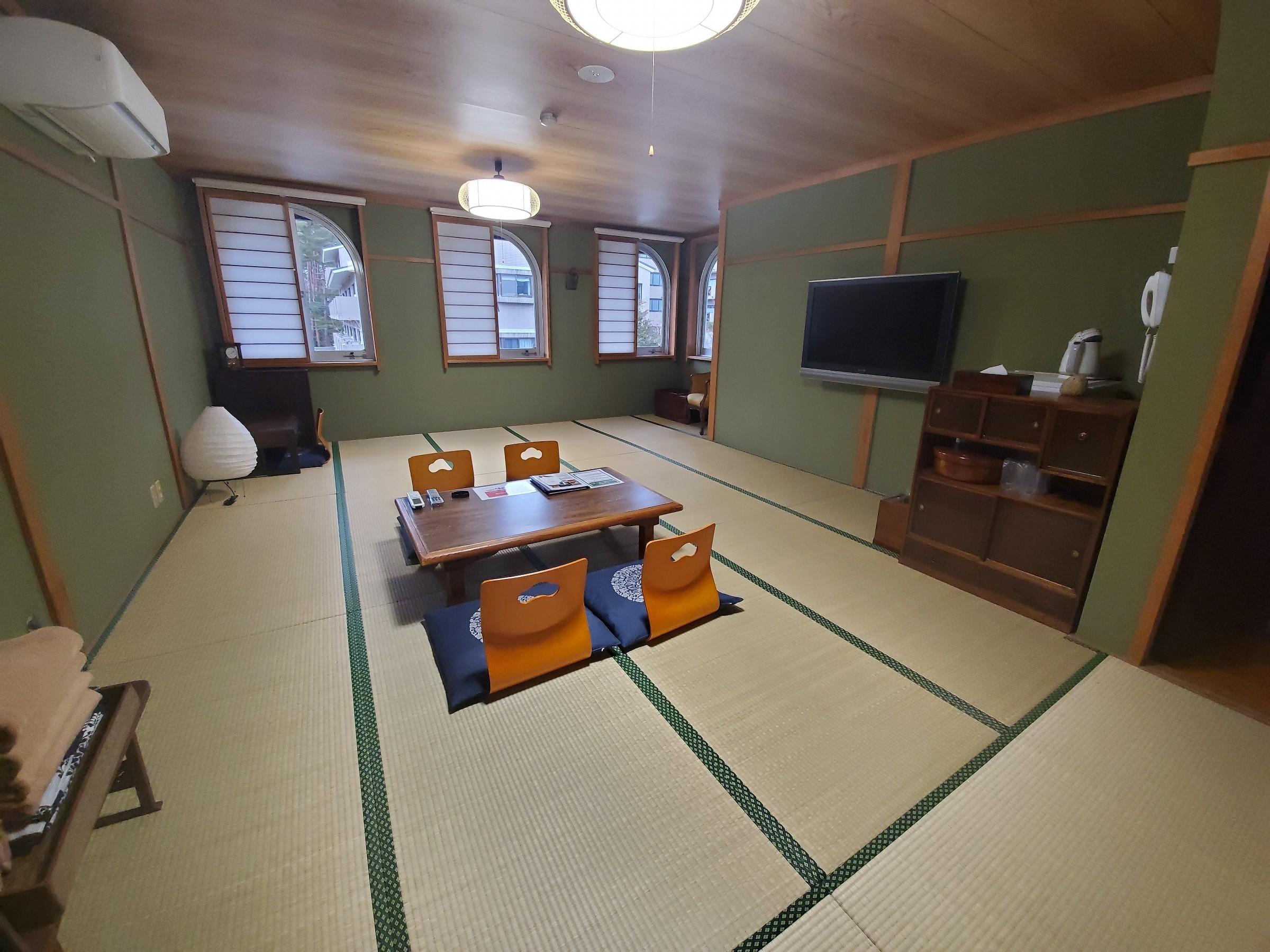 和室 大部屋(18畳)1室